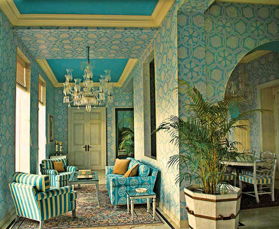 The living room of the spacious Mountbatten Suite at SUJAN Raj Mahal Palace